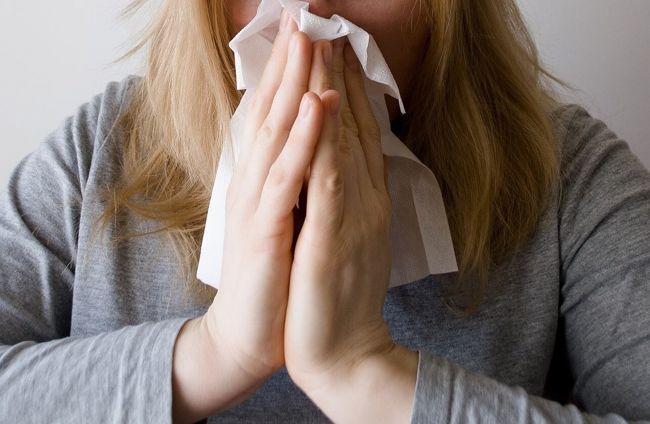 Tips to Avoid Getting Sick While Traveling