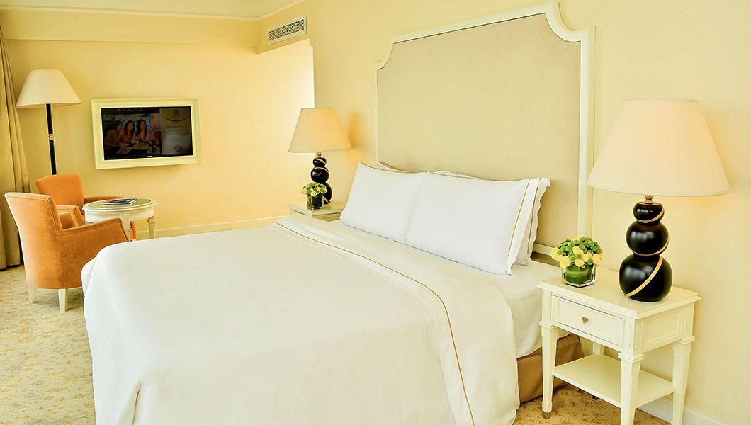 Interior View, Premium Room of The Kingsbury Colombo