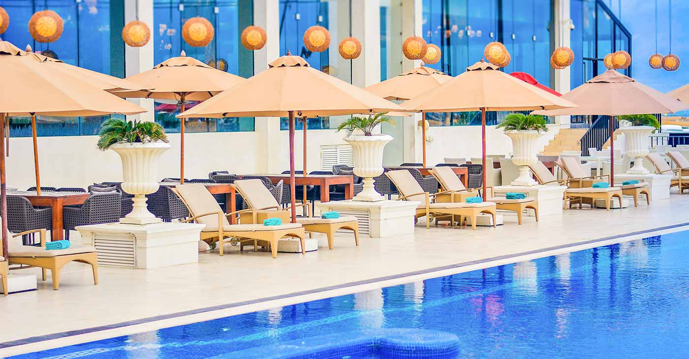 Swimming Pool at The Kingsbury Hotel in Colombo